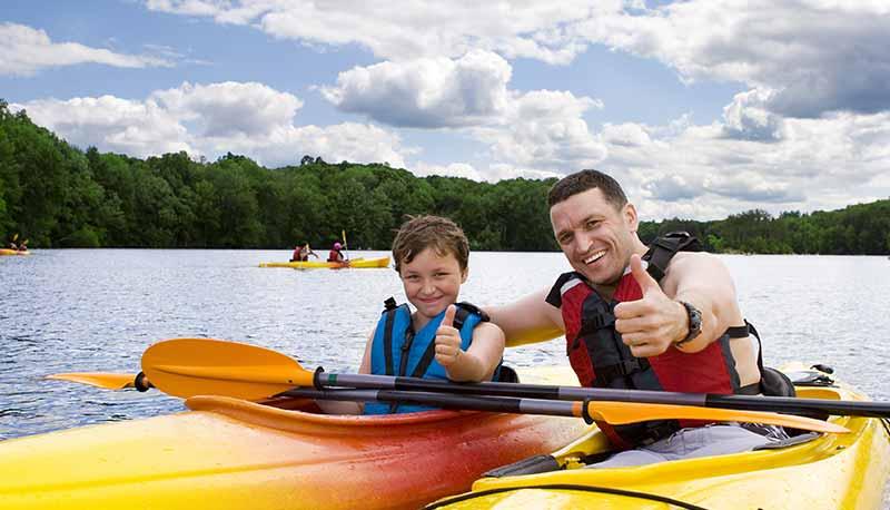 content-canoe-lake